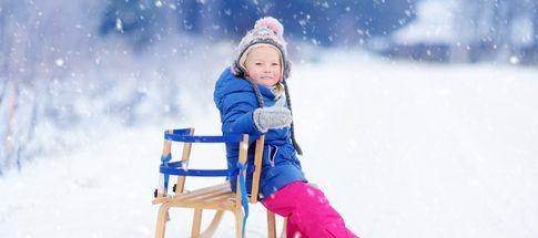 trouvez-la-residence-ideale-pour-des-vacances-a-la-neige-avec-bebe