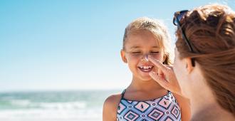 trouvez-la-destination-ideale-pour-des-vacances-en-famille-monoparentale
