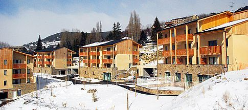 family-friendly-ski-resorts-in-the-pyrenees